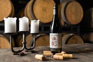 Stradivarius - bottle of wine Chateau Copsa - product photography