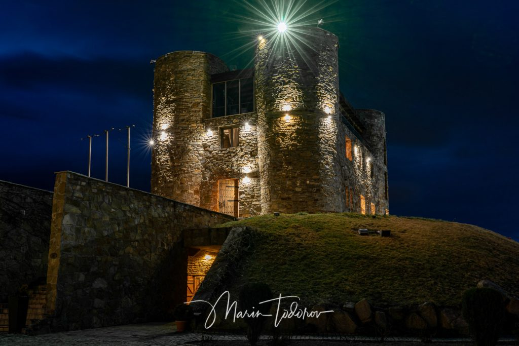 Chateau Copsa during the night